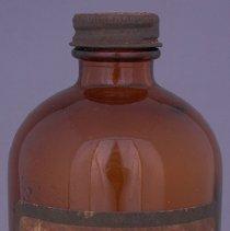 Image of 2014.32.66 - Bottle