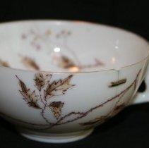 Image of M1987.4.8.7 - Teacup