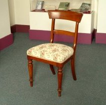 Image of M1992.1.1.6 - Chair
