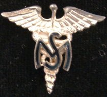 Image of 1986.025.0015.A-B - Pin, Military