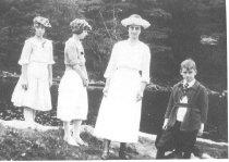 Image of Ina (McKeen) Stearns, Pearl (McKeen) McAllister, Ella (Jackson) McKeen and John McKeen - 2003.02.0012