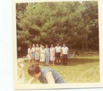 Image of Anne Hodsdon & Children, 1971 - 2009.62.0002
