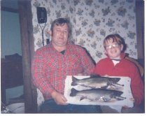 Image of Craig & Jesse Adams with Trout, 11985 - 2011.66.0010