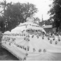 Image of 1954 Lovell Old Home Days - 1974.02.1299