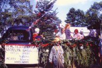 Image of 4021. Oliveanne Kimball on the Kimball & Walker float