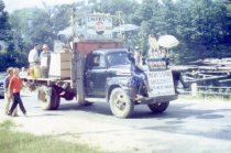 Image of 1958 Lovell Old Home Days - 1974.34.0004