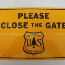 Image of Please Close the Gate - Sign