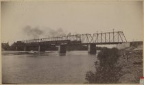 Image of 2126 - Photograph, Cabinet
