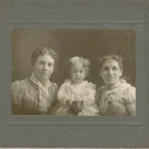 Image of Jury Family Photo Collection - FP39