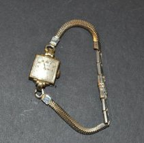 Image of Wristwatch - 1999.012.0004