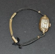 Image of Wristwatch - 1999.029.0011