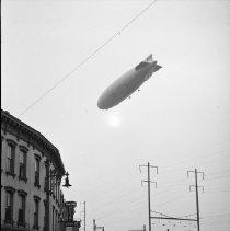 Image of Hindenburg, German Zeppelin - 10/09/1936