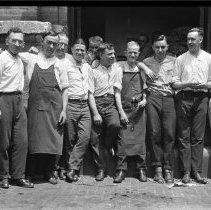 Image of Post Office Clerks, New Brunswick, N.J. - 06/05/1925