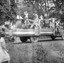 Image of Millstone Parade for the 150th Anniversary of U.S. Independence (1) - 07/04/1926?