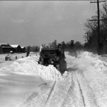 Image of In front of the snowplows - 02/27/1934