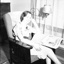 Image of Sarah, reading - 04/18/1938