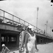 Image of Sarah Wade and Betty Dull at the Shore - 07/10/1931
