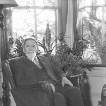 "Image of ""Uncle"" Abe Stryker at Home 550"