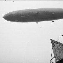 """Image of German zeppelin """"Hindenburg"""" - 10/09/1936"""