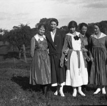 Image of Young Folks Down on the Farm 04