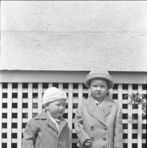 Image of Alan & George Wade - 05/03/1925
