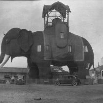 Image of Lucy the Elephant (2) - 07/24/1926