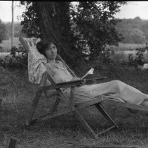 Image of Lelia reading - 07/14/1924