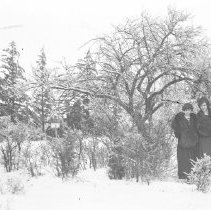 Image of Lelia Wade and Irene Barth in snow - 01/25/1920