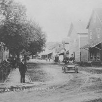 Image of First Automobile in East Millstone, NJ (c. 1907) -