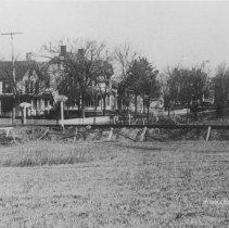 Image of Railroad Crossing at South Middlebush Road, looking north, Middlebush, NJ (c.1908) -