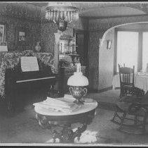 Image of Home of Abraham and Matilda Voorhees, Pleasant Plains, NJ (1904) - 12/08/1904
