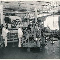 Image of Photo, Jacob Ries Bottling Works
