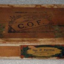 Image of 2001.047.0005AB - Box, Cigar
