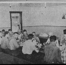 Image of 5102 - Staniforth employees gather for their noon meal at Kiosk.