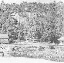 Image of 183 - Algonquin Hotel, Joe Lake.