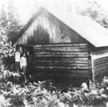 Image of Omer Stringer at Booth's Lake Shelter house.