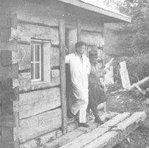 Image of 272 - O.F.B Cabin, Tea Lake.