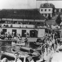 Image of 1976.5.4 - Regatta in front of Highland Inn.