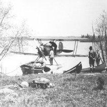 Image of 344 - Fairchild aircraft, Lake Opeongo.