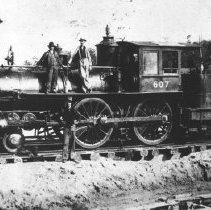 Image of 369 - Canada Atlantic Railway locomotive #607-4-4-0.