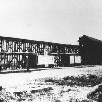 Image of 385 - Grand Trunk Railway coal tower at Madawaska, built in 1912.