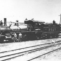 Image of Grand Trunk Railway locomotive 2-6-0 #2529 at Depot Harbour.