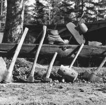 Image of 661 - Logging implements of the early days.