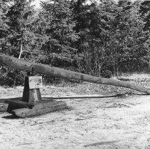 Image of 666 - Stump puller