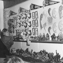 Image of 927 - Souvenir Store, Lake of Two Rivers, 1963.