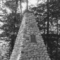 Image of 940 - Hains Memorial, on hill overlooking Smoke Lake.