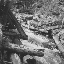 Image of 992 - Old chute supports on chute from Hogan to Phillips Lake.