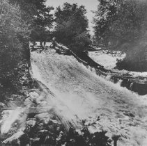 Image of 1067 - Timber Slide - Fitzroy Harbour - below Chats Falls, Ottawa River, 1908