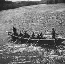 Image of 1104 - Pointer and crew, Pig Pen chutes, Mississauga River