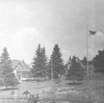 Image of 1176 - Staff House, Cache Lake.